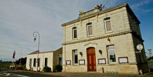 Mairie-de-haux-2